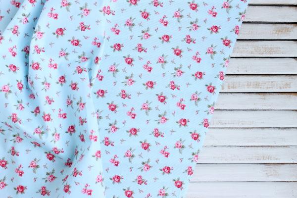 """Хлопок """"Розочки на голубом"""", ширина 160 см (Китай)"""
