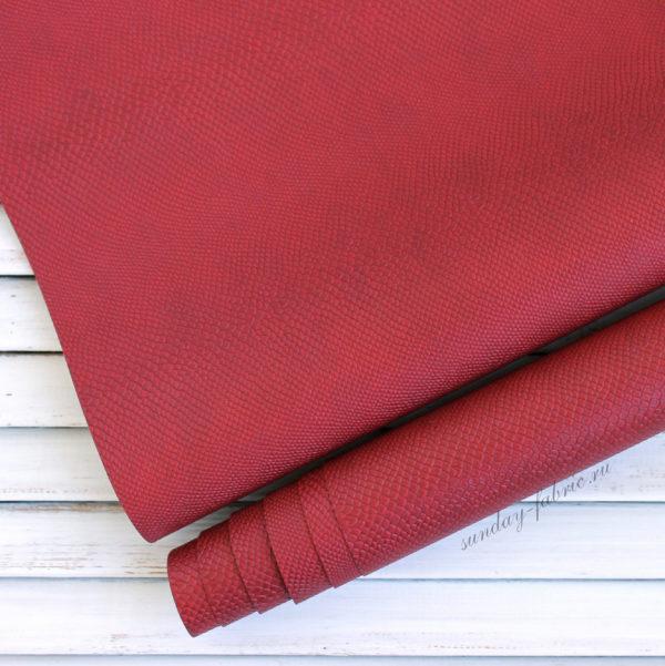 Переплетный кожзам, матовый с тиснением питон, цвет: Темно-красный