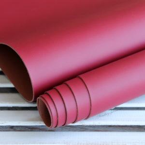 Переплетный кожзам, матовый без текстуры, цвет: Бордовый (Италия)