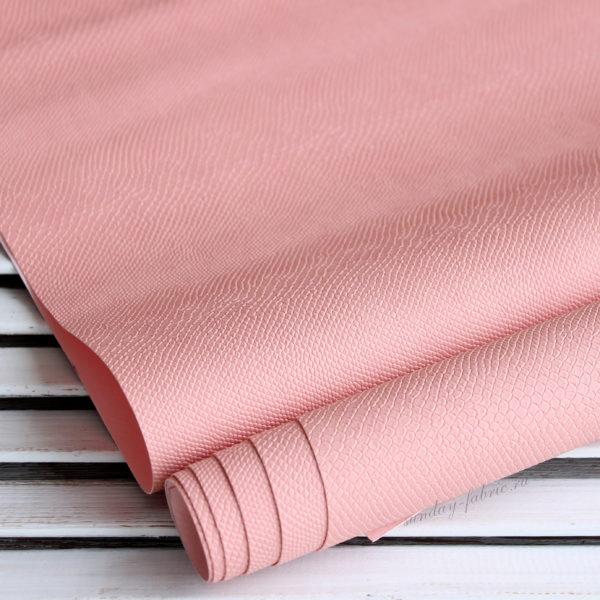 Переплетный кожзам, матовый с тиснением ПИТОН, цвет: Пудрово-розовый
