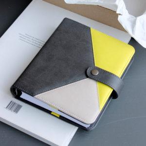 Планер формата B6 (145х180 мм), цвет Антрацит/Желто-зеленый/Теплый серый