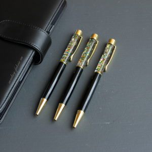 ручка черный